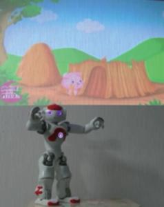 NAOロボットが物語を教えている様子